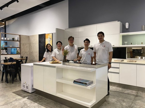 Oriss Kitchen Cabinet JB Team