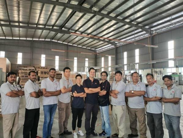 Oriss Kitchen Cabinet Team
