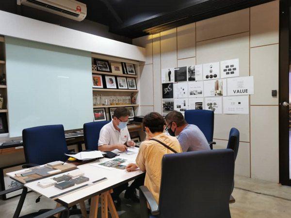 Oriss Kitchen Office